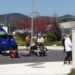 Un motorista herido tras chocar con un vehículo en la rotonda de avenida de España y Reino de Navarra